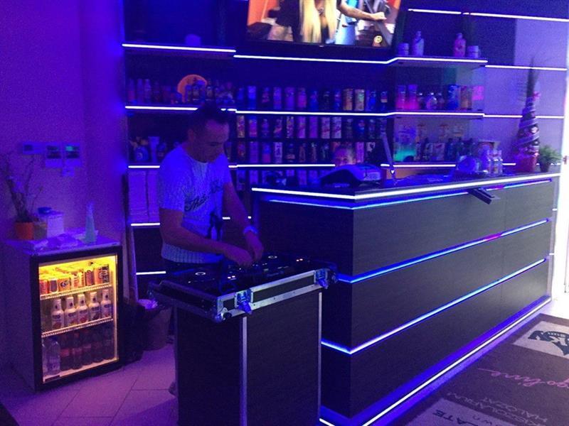 Angyalföldi Ibiza - Felidéző