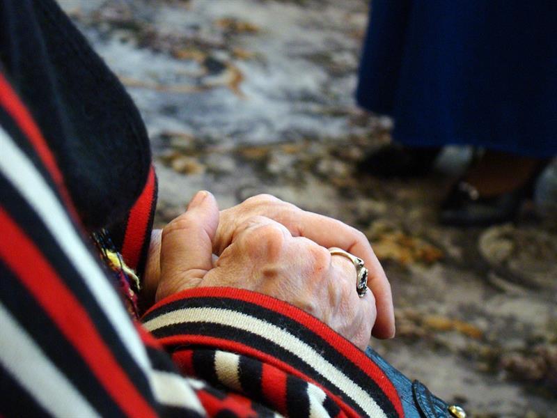 Az este verse - József Attila: Az a szép, régi asszony