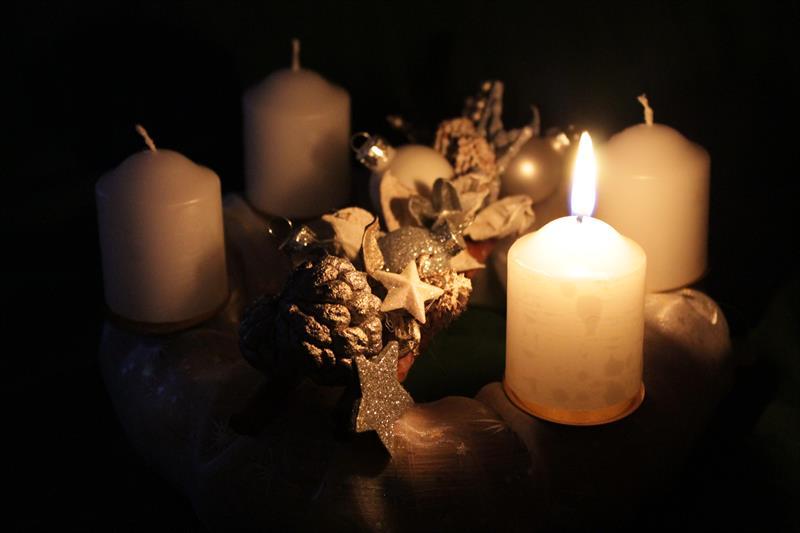 Béke, hit, szeretet, remény - A négy gyertya gyönyörű meséje