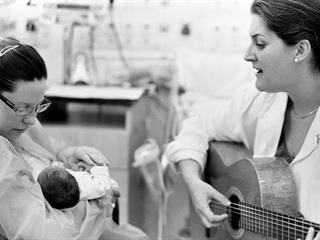 """""""A koraszülött babák igazi hősök, tiszteletre tanítják az embert"""""""