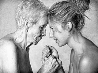 Egy anya szívhez szóló levele a lányához, hogy ne feledjük: mi is megöregszünk! (Felidéző)