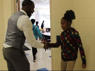 Egy igazi tanár, akinek a gyerek jólléte a fontos