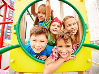 Így segíthetünk a gyerekeknek, hogy jobban megismerjék magukat