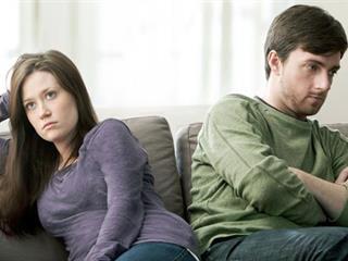 Jelek, melyek arra utalnak, nem illetek össze a pároddal! (Felidéző)