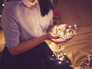 Karácsonykor megszületik bennünk a fény - testben és lélekben is