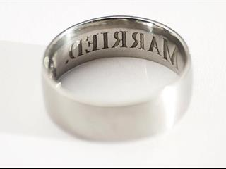 Megcsalásbiztos jegygyűrű az archívumból