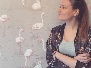 """""""Mindenki más szűrőn keresztül látja a világot"""" – Sophie Tari Egysorosai tarolnak"""