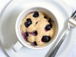 Öt perces paleo áfonyás muffin a mikróból