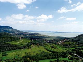 Van különbség a Balaton északi és déli partján nyaralók között?