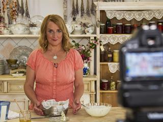 Virágos világ a konyhában - Interjú Halmos Mónika gasztrobotanikussal