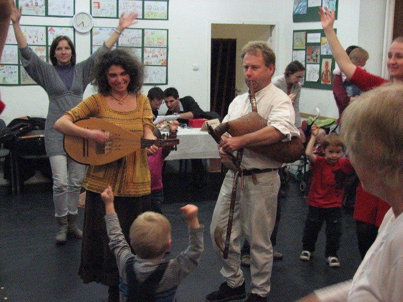 Gebri Bernadett és Vaskó Zsolt kicsiknek, nagyoknak szereznek örömet