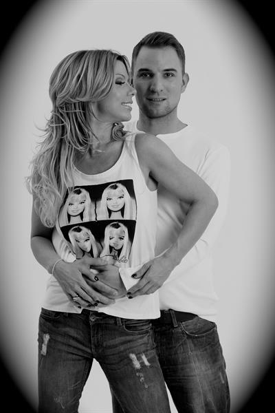 Alma a férjével